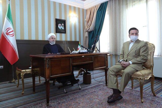 روحانی: مردم طرح فاصلهگذاری اجتماعی را رعایت کنند تا این روزهای سخت را پشت سربگذاریم
